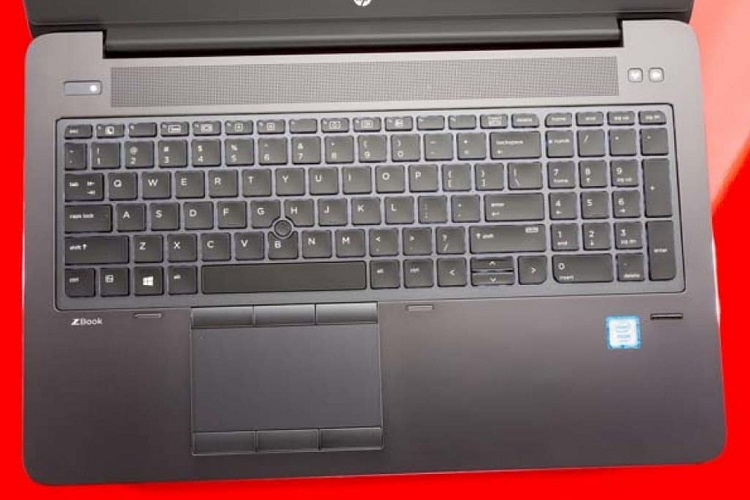 لپ تاپ 15 اینچ اچ پی دارای کیبورد کامل با قابلیت بک لایت
