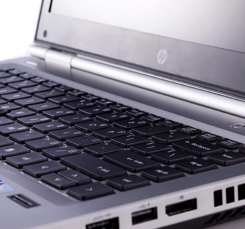 لپ تاپ استوک اچ پی hp elitebook 8460p core i5 بانه